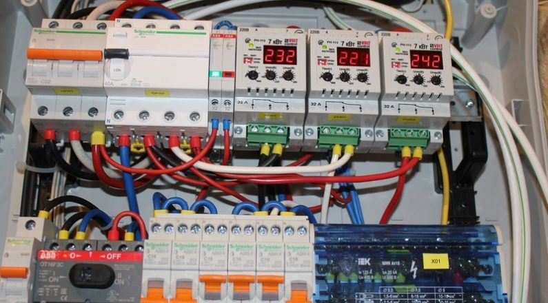Сборка электрощита на дому